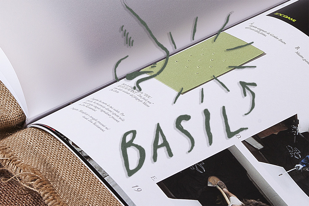 Detail Book Basil Emblemata